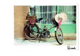 Cpsm - Photo Alessandri - Images Et Lumières - Provence - Pétrolette Pétroleuse - Ref. 354 - Mobylette Chapeau Panier - Motorräder