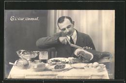 """AK Kriegsnot, """"Es War Einmal"""", Mann An Einem Reichgedeckten Tisch Sitzend - Oorlog 1914-18"""