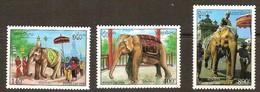 Cambodja Cambodge 1994 Yvertn° 1154-1156 *** MNH  Cote 6,25 Euro Faune éléphants Olifanten - Cambodge