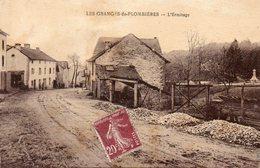 CPA - Les GRANGES-de-PLOMBIERES (88) - Aspect Du Monument Aux Morts Dans Les Années 20 - Granges Sur Vologne