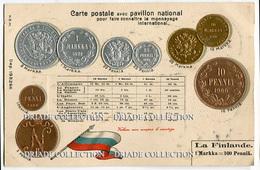 CARTOLINA CON RAPPRESENTAZIONE A RILIEVO MONETE MONNAIES ET PAVILLON NATIONAL LA FINLANDE FINLANDIAMARKKA PENNIA - Monete (rappresentazioni)