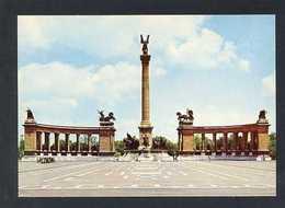 Hungría. Budapest *Millennium Monument* Foto: MTI Horling Róbert. Nueva. - Hungría