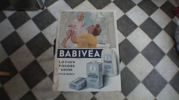 PLAQUE PUBLICITAIRE EN CARTON  Babivea - Paperboard Signs