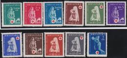 Poland   .    11  Stamps           .       *       .         Mint-hinged   .     /    .     Ongebruikt - 1944-.... Republiek