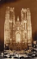 BRUXELLES - Eglise Collégiale Des SS. Michel Et Gudule - Brussel Bij Nacht