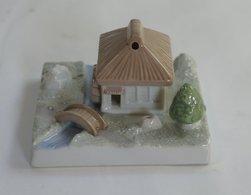 Miniature Diorama :  Incense Burner - Miniatures