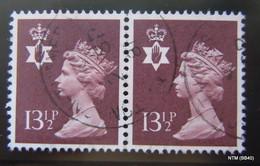 GREAT BRITAIN NORTHERN IRELAND. 1971. 13 1/2 P - Brown. Block Of 2 Stamps. SG NI32. Used - Emisiones Locales