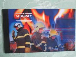 Alderney Carnet  Mh 7   Cote  35 Euros - Alderney