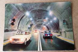 COURMAYEUR - ENTREVES - Le Nouveau Tunnel Du Mont Blanc ( Voitures Alfa Roméo ) - Voitures De Tourisme