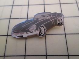 Pin2117 : Pin's Pins / RARE & BELLE QUALITE / THEME : AUTOMOBILE / JAGUAR TYPE E ? GRISE - Jaguar