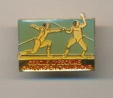 CERCLE D'ESCRIME  CHALONS EN CHAMPAGNE - Fencing
