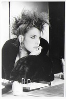 "Photo De Presse Bon Etat , 12x17,5cm  Film  ""subway"" , Isabelle Adjani,   Lire Explications Verso - Berühmtheiten"