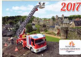 Calendrier Des Sapeurs Pompiers De RENNES, (35) Ille Et Vilaine, De 2017, 20 Pages - Calendars