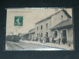 FOURAS LES BAINS     1910    /    TRAIN A VAPEUR EN GARE      ....... - Fouras-les-Bains