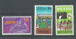 180029139  NIGERIA  YVERT  Nº  328/30  **/MNH - Nigeria (1961-...)