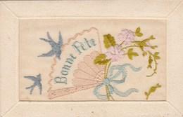 Belle Carte Brodée Soie Bonne Fête Fleurs Oiseau Ruban éventail - Brodées