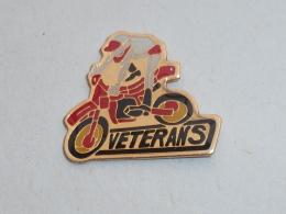 Pin's MOTO CROSS, VETERANS - Motorbikes