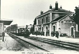 Pont De Braye - La Gare - Treni