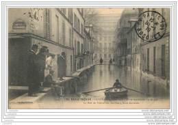 75007 - PARIS INONDE - La Rue De Poitiers Au Fbg Saint Germain - Arrondissement: 07