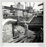 Press Photo - ITALIA - Trieste - Refinery Oil Petrole Raffinerie - Orte