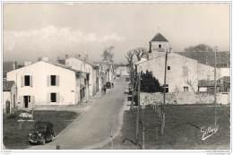17 - BROUAGE - La Grande Rue 1954 - Cpsm - France