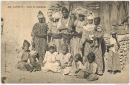 Algerie - Types De Femmes - Corps Expeditionnaire Du Maroc - Cachet Marine Francaise 1907 - Postee D'ORAN - Scènes & Types