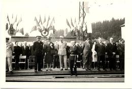 88 BAINS-LES-BAINS - Photo Inauguration En 1969, Devant Le Général MASSU, La Maréchale LECLERC, Le Préfet Et Le Maire - Bains Les Bains