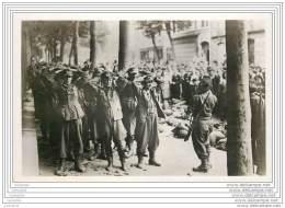 Militaria - Liberation De Paris - Prisonniers Allemands Rue Guynemer - Weltkrieg 1939-45
