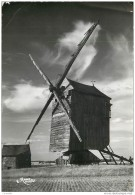 28 - VOVES - Un Moulin En Beauce 1956 - Frankrijk