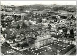 46 - FIGEAC - L'Hopital Et Le Stade - Figeac