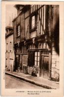 61thst 1O41 CPA - AUXERRE - MAISON DE BOIS DU XVI SIECLE - RUE SOUS MURS - Auxerre