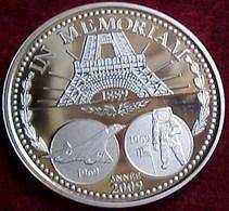 IN MEMORIAM ARGENT SUPERBE MEDAILLE FRANCE , BELLE EPREUVE, LA PIECE DE L'ANNEE 2009 TOUR EIFFEL CONCORDE LUNE - Euros Des Villes