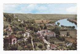 95 La Roche Guyon N°13 Panorama Sur Vallée De La Seine Et Sur Le Bourg Vu De La Route Des Crêtes - La Roche Guyon