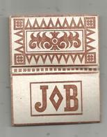 Pochette Rigide , Papier à Cigarette JOB , Trés Bon état , 7.5 X 4 X 0.5 Cms , 2 Scans ,  Frais Fr 1.65 - Around Cigarettes
