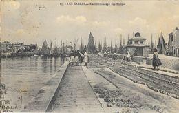 Les Sables D'Olonne - Raccommodage Des Filets - Edition R.B.L.R. 1911 - Carte N° 15 - Sables D'Olonne