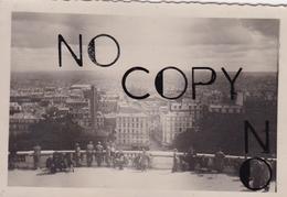 PHOTO ORIGINALE 39 / 45 WW2 WEHRMACHT FRANCE PARIS JUIN 1940 VISITE DE MONTMARTRE POUR LES SOLDATS ALLEMANDS - Guerre, Militaire