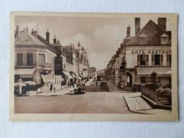 Dep 45 , Cpa  MONTARGIS , 152 , Rue Jean Jaurès Et L'Hopital  (196) - Montargis