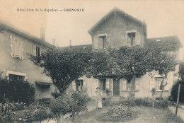 38 // GRENOBLE    Hotel Dieu De La Bajatière ** - Grenoble