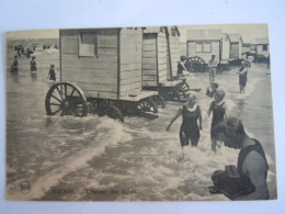 Oostende Ostende L'heure Des Bains Baigneuses Plage  Cabines Legia Edit Tempère Circulée Gelopen 1921 - Oostende