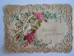 1902 Carte De Voeux Mignonnette Wenskaart Gaufrée Hartelijke Gelukwensch Relief Form 11,3 X 8 Cm Plie Coin Plooitje - Holidays & Celebrations