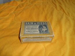BOITE PUBLICITAIRE ANCIENNE CARTONNEE DATE ?. / E. DARRE 5 RUE DU LOUVRE PARIS. / BAIN DE PIEDS. POUDRE IDEALE ... - Boxes
