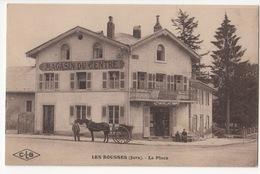 Cp LES ROUSSES ( Jura ) La Place - France