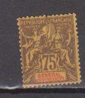 SENEGAL            N°  YVERT  :   19     NEUF AVEC  CHARNIERES      ( Ch 10) - Unused Stamps