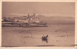 CPA - 167. ANTIBES  - Les Remparts Et La Chaîne Des Alpes - Antibes - Les Remparts