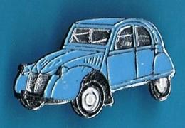 PIN'S //  ** 2 CV CITROËN ** DEUDEUCHE BLEU ** . (F T P) - Citroën