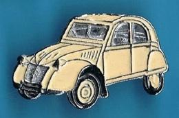 1 PIN'S  //   ** 2CV CITROËN / DEUDEUCHE ** - Citroën
