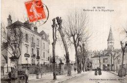 V14777 Cpa 19 Brive - Boulevard De La République - Brive La Gaillarde