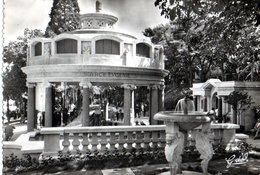 Royat Pavillon De La Source Eugenie CPM Ou CPSM - Royat