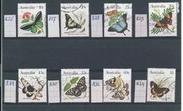 Australië   Y/T    Tussen 825  Ene 834  (O) - 1980-89 Elizabeth II