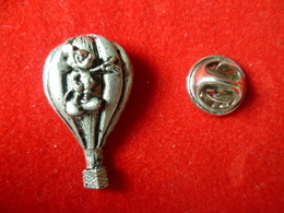 PIN'S MONTGOLFIERE   MICKEY DISNEY - Airships